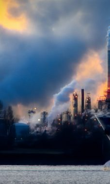 Klimato kaita: viešųjų ryšių kompanijos nesistengia kovoti prieš iškastinį kurą